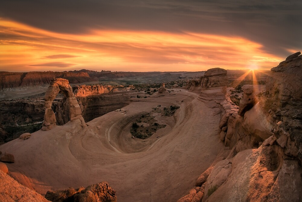Sunset at Delicate Arch, Utah. by mattmacpherson