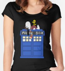 Daydreaming Doctor Women's Fitted Scoop T-Shirt