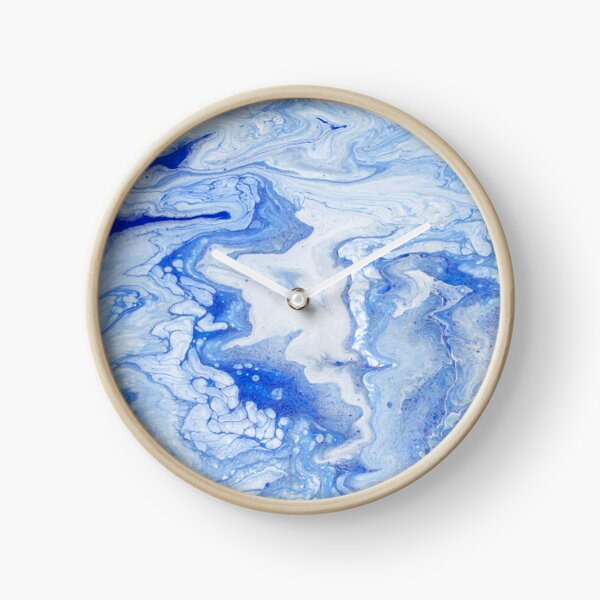 Wintry Fairy Land: Acrylic Pour Painting Clock