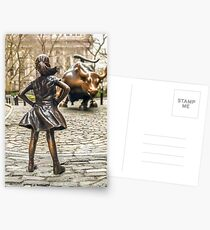Fearless Mädchen und Wall Street Bull Statue - New York Postkarten