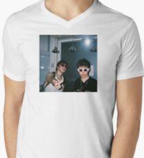 JOJI N RICH Men's V-Neck T-Shirt