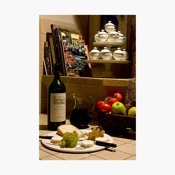 Un verre de vin rouge?  A glass of red wine? Photographic Print