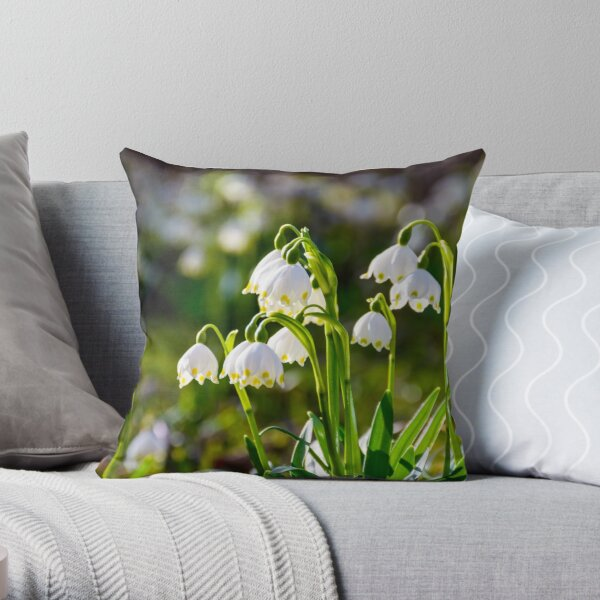Beautiful blooming of White spring Snowflake Throw Pillow