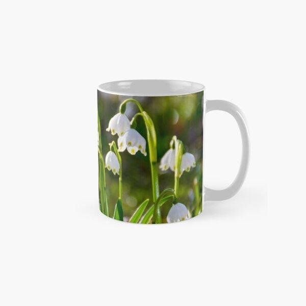 Beautiful blooming of White spring Snowflake Classic Mug