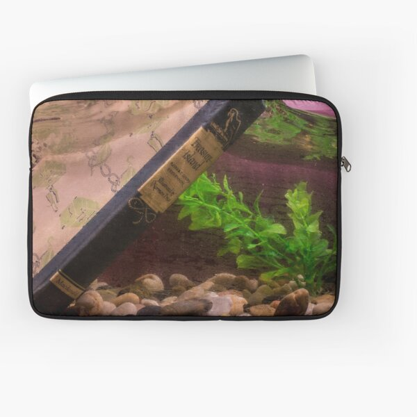 Immersion - Books Laptop Sleeve