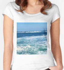 Ostmeer (Korea) Tailliertes Rundhals-Shirt