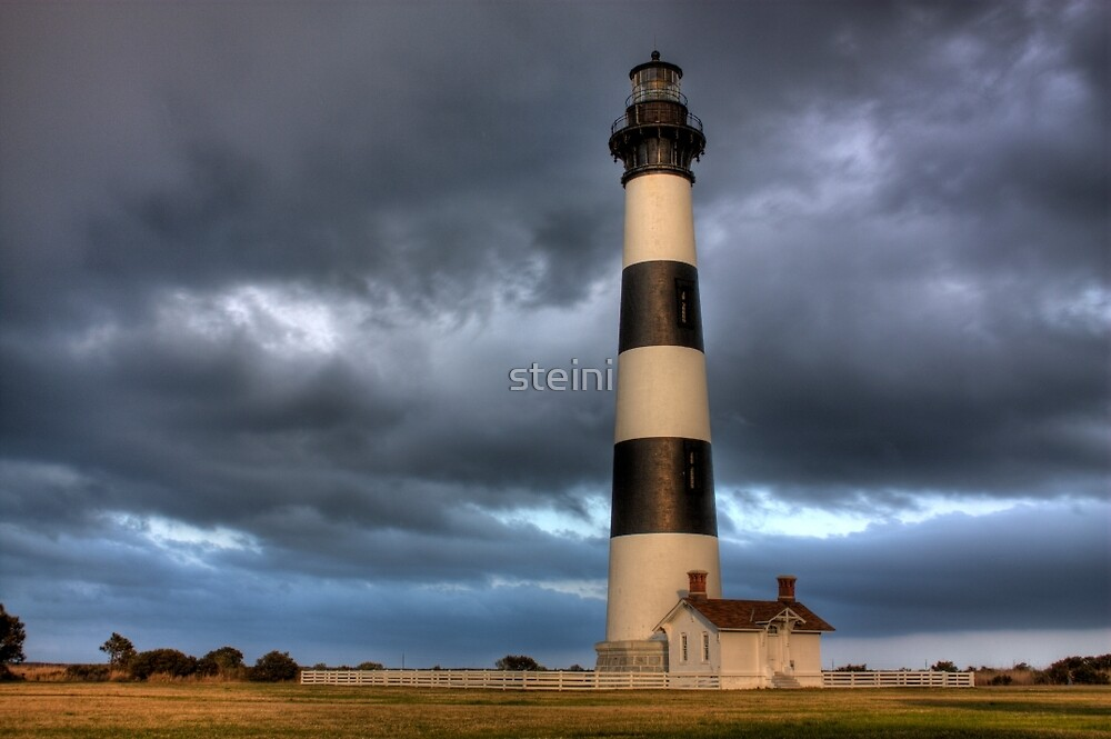 Bodie Island Light Station by steini