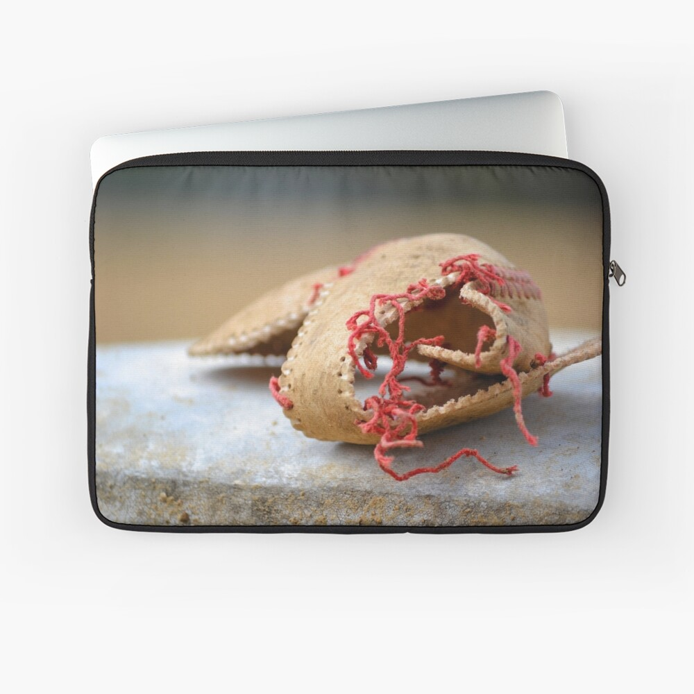 Shell of Dreams Laptop Sleeve