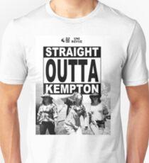 Straight Outta Kempton – Uni Revue Unisex T-Shirt