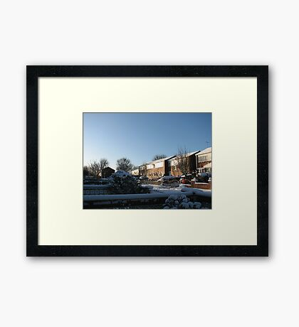 Sunshine and Snow Gerahmter Kunstdruck