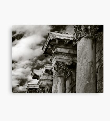 Four columns Canvas Print