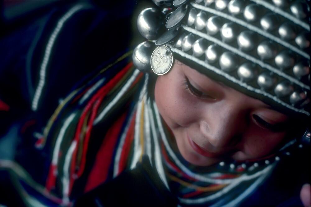 "Chiang Mai girl says, ""Keleh, keleh""  by richardseah"