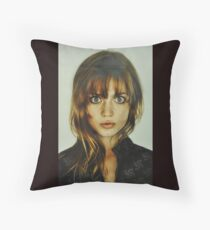 big eyes girl Floor Pillow