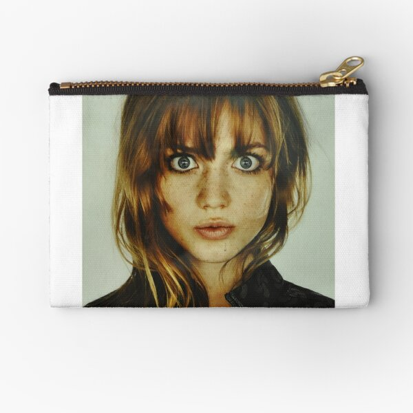 big eyes girl Zipper Pouch