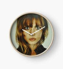 big eyes girl Clock