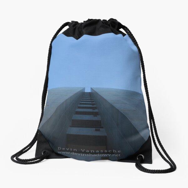 Too the sky Drawstring Bag