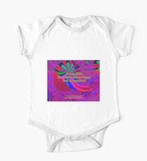 Giving Gifts That Make Others Happy And Is Beneficial Short Sleeve Baby One-Piece