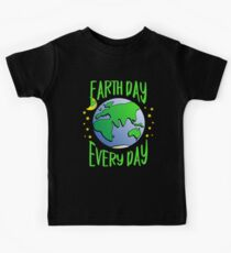 Cute Earth Day Hippie Earth in Space #earthday Kids Tee