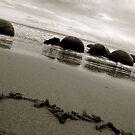 Moeraki Boulders Love. by shrimpies4life