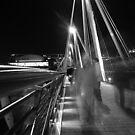 Hungerford / Golden Jubilee Bridge by George Parapadakis (monocotylidono)