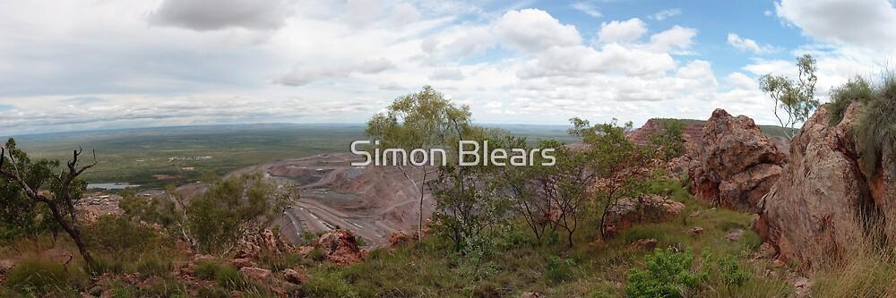 Argyle Diamond Mine from East Ridge, Jan 2009 by Simon Blears