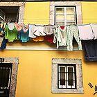 Wash 'n dry in Lisbon by gluca