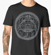 Odin Medaillon with runes, hammer Mjölnir and ravens Norse Viking Mythology engraved wood style Men's Premium T-Shirt