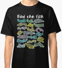 Finde den Fisch und rette den Ozean vor Plastikverschmutzung Classic T-Shirt