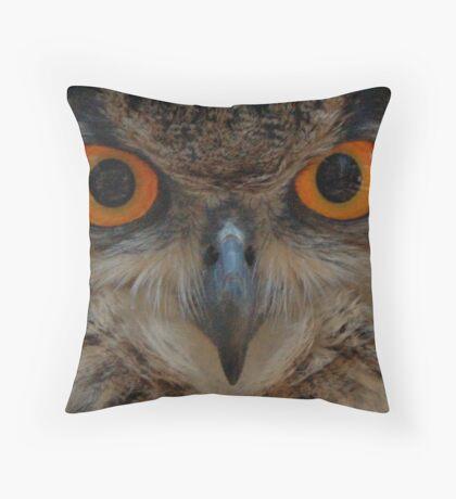 Owl's eyes Throw Pillow