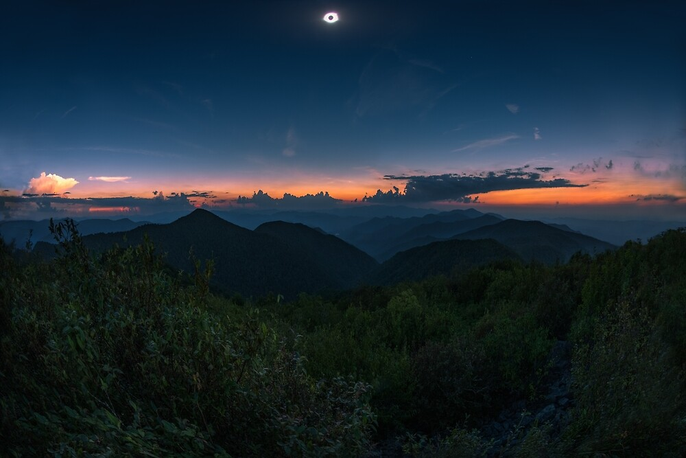 Total Eclipse over the Great Smoky Mountains, Tennessee by mattmacpherson