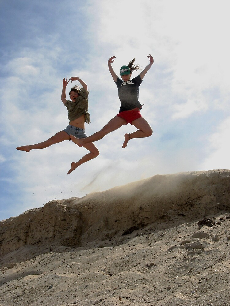 Sand Dune Dancing by SarahTrangmar