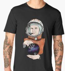 Yuri Gagarin, a Soviet pilot and cosmonaut. Men's Premium T-Shirt