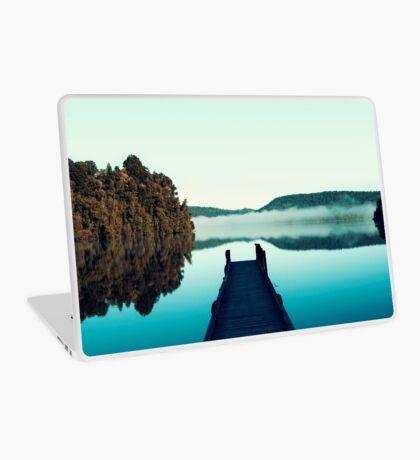 Düsteres Dock Laptop Folie