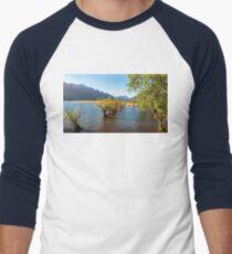 Golden Light on the Lake shore at Glenorchy Wharf Men's Baseball ¾ T-Shirt
