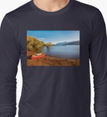 Glenorchy Wharf and pier at golden hour in New Zealand Long Sleeve T-Shirt