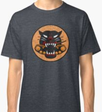 WW2 Tank Destroyer Division Panther Patch Distressed Gear Classic T-Shirt