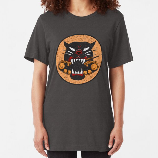 WW2 Tank Destroyer Division Panther Patch Distressed Gear Slim Fit T-Shirt