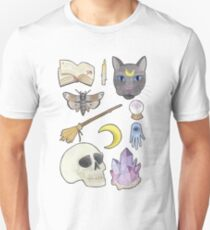 Witchy Aesthetic Spread - Skull, Cat, Crystal, Moon Unisex T-Shirt