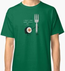 Sushi doesn't care Classic T-Shirt