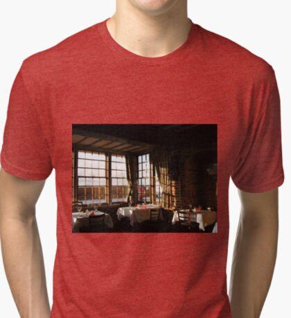 Winter Frühstück - Ye Olde White Hart Hotel Vintage T-Shirt