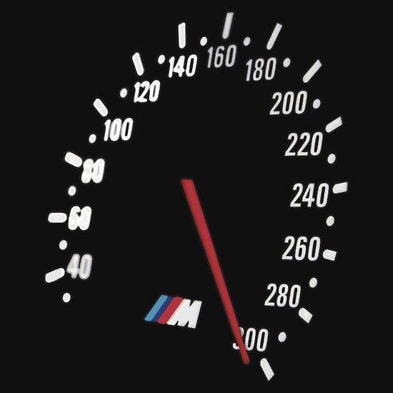 TShirtGifter presents: BMW M5 300km/h