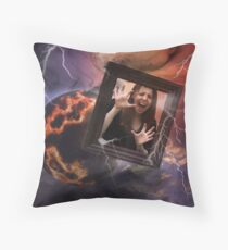 Lost in outer space Throw Pillow