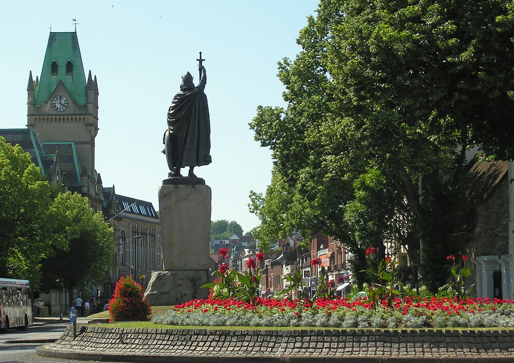 King Afred's statue & the High Street in summer, Winchester, southern England by Philip Mitchell