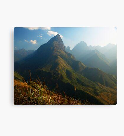 Hoan Lien Son Range near 3.143m Mt Fansipan, via Sapa Canvas Print