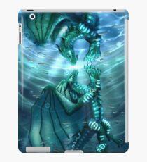 Flügel des Feuers - Fathom und Schildkröte iPad-Hülle & Klebefolie