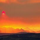 Feuriger Sonnenuntergang von James Anderson