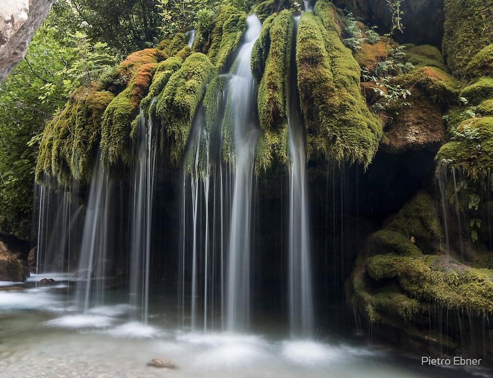 Capelli di Venere waterfalls by pietrofoto