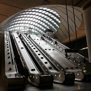 Canary Wharf Underground Station by JohnDalkin