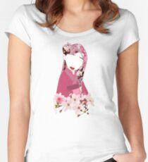 Kirschblüten Tailliertes Rundhals-Shirt
