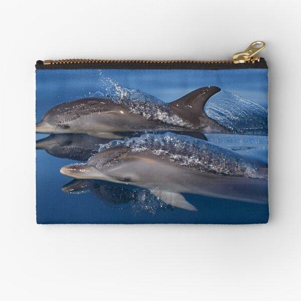 Delfines hermosos y pacíficos Bolsos de mano
